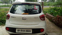 White Hyundai Grand i10 Sportz 1.2