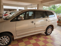Toyota Innova 2.5 VX 7 STR BS-IV 2012 Model