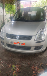 Maruti Suzuki Swift LXI 2012 Model