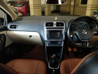 Volkswagen Polo Highline1.2L P