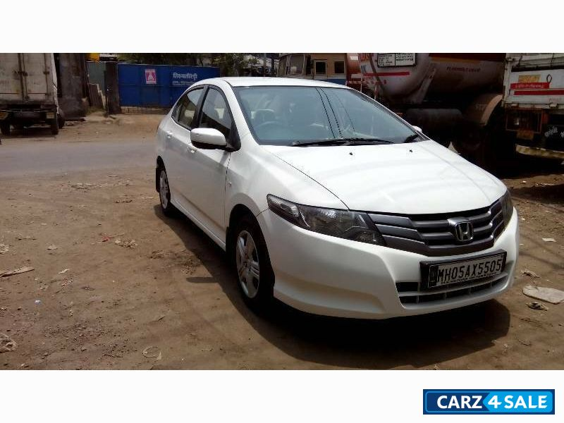 White Honda City S