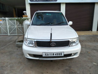 White Tata Safari Dicor 3.0 Ltr
