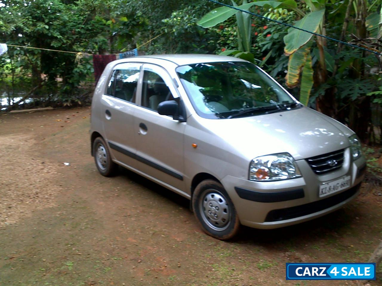 Ash Hyundai Santro Picture Album Car Located