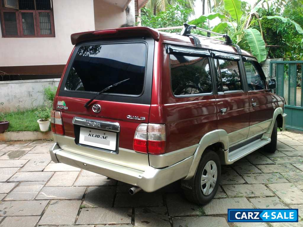 Metallic Maroon Toyota Qualis Picture 4 Album Id Is 2567