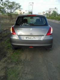 Glistening Grey Metallic Maruti Suzuki Swift VDI