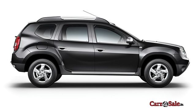 renault duster diesel 110 ps rxz awd specifications features colours mileage reviews photos. Black Bedroom Furniture Sets. Home Design Ideas