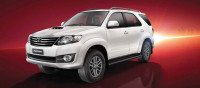 Toyota Fortuner 3.0 4WD AT