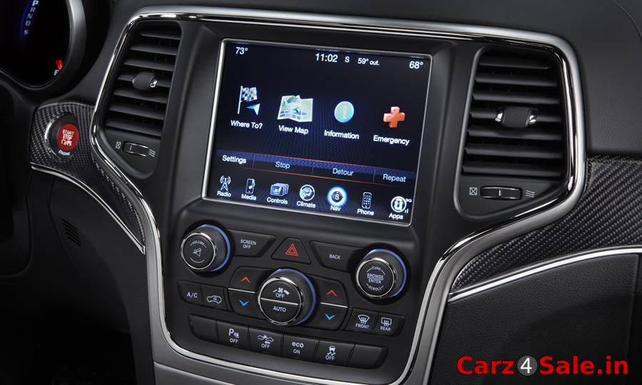 2014 Jeep Grand Cherokee interior