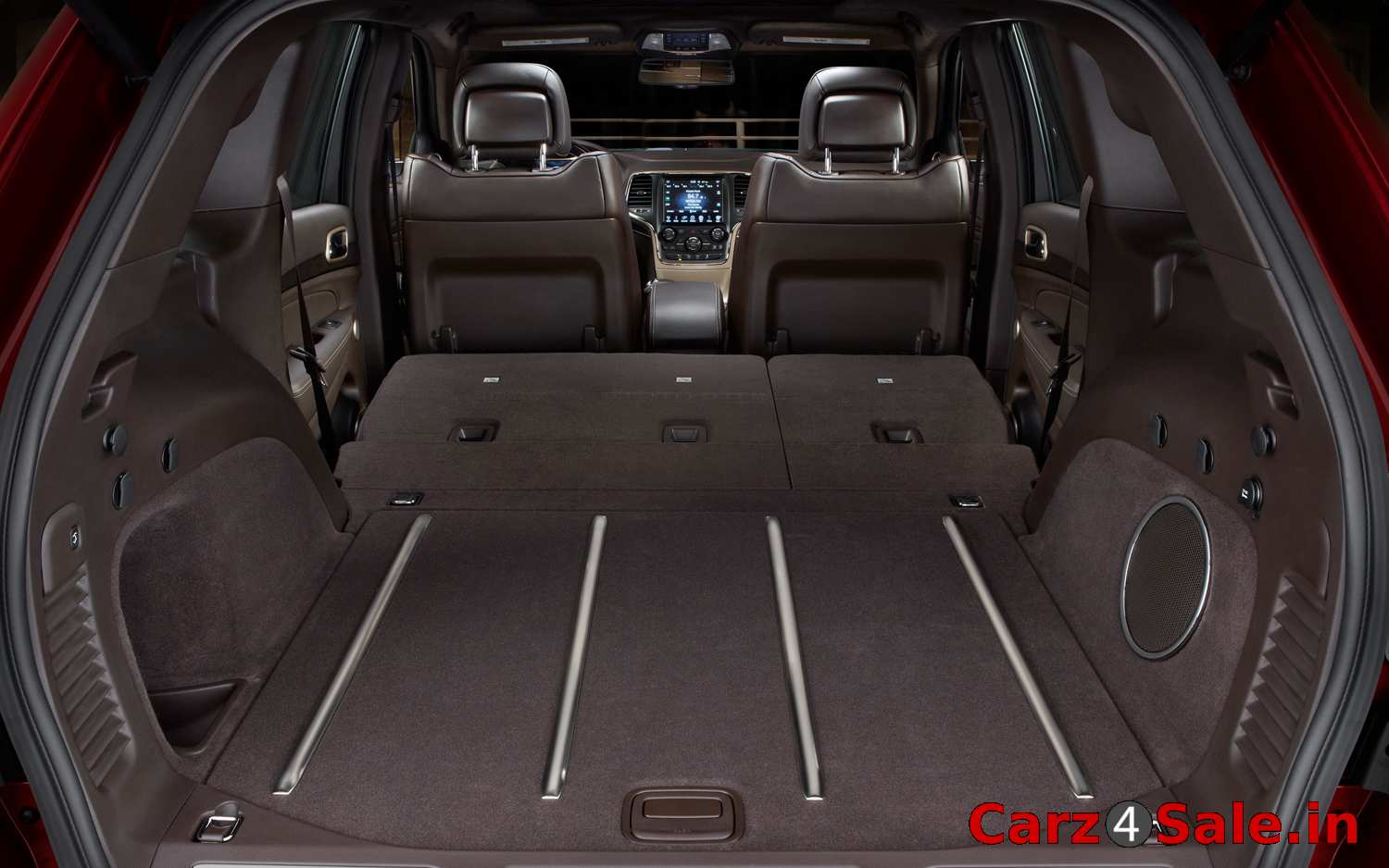 2014 Jeep Grand Cherokee bootspace