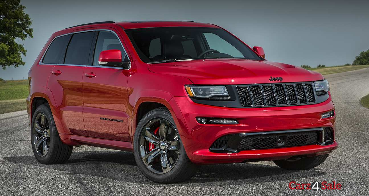 2015 Jeep Grand Cherokee Srt Front Right Side View