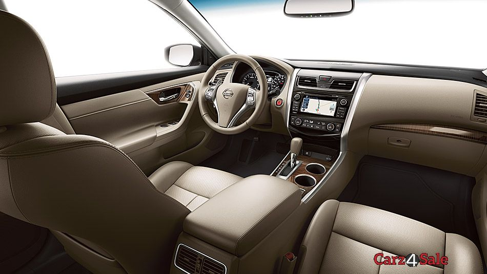 2015 Nissan Altima Drivers Cabin View