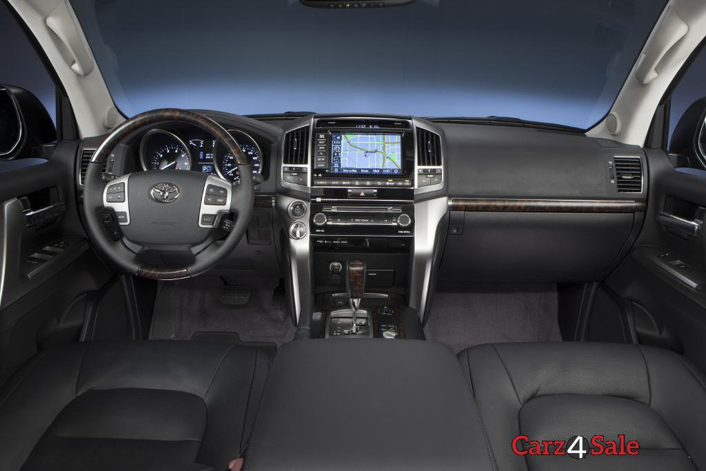 2015 Toyota Land Cruiser Interior