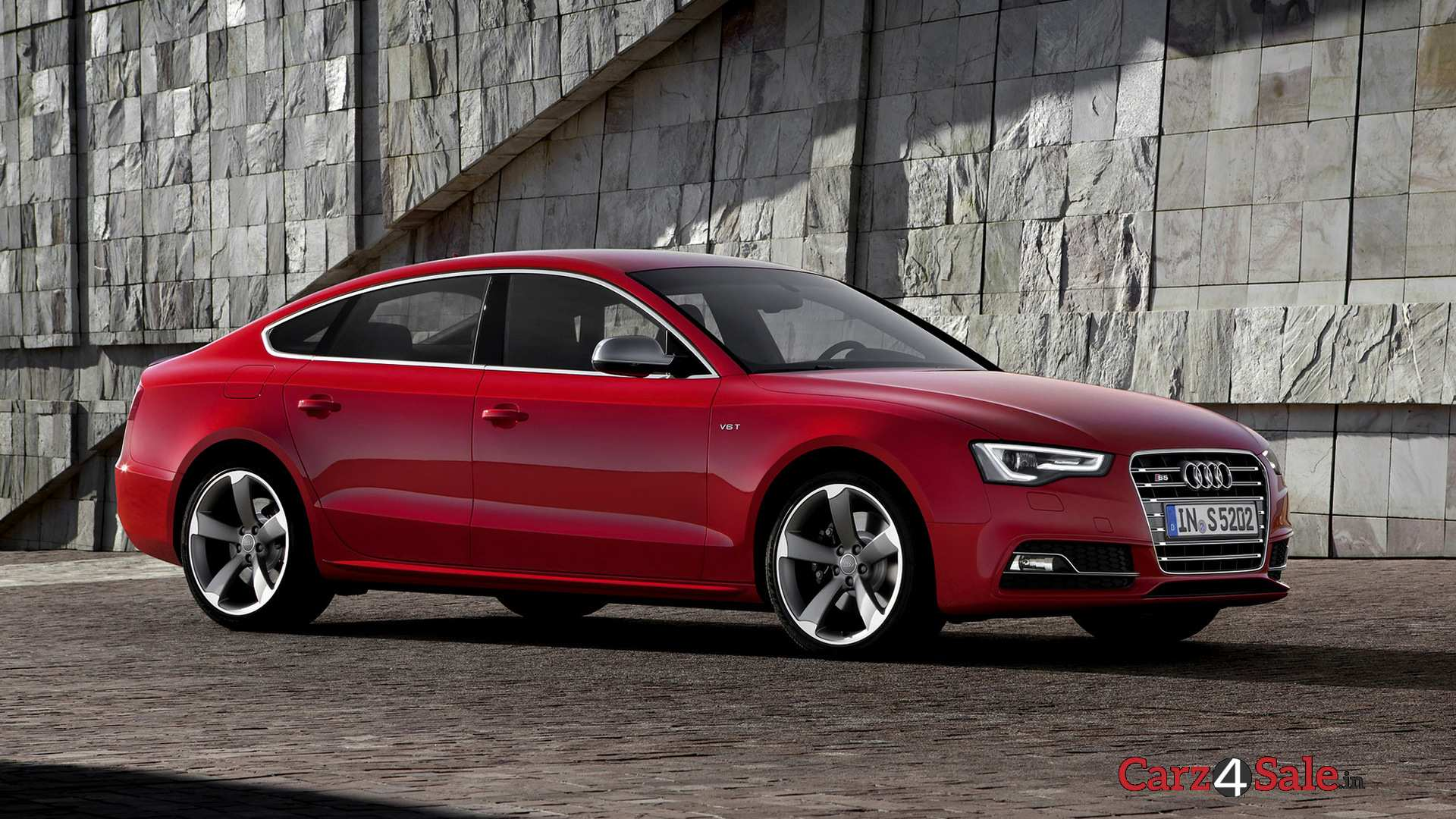 Audi S5 Sportback Right View