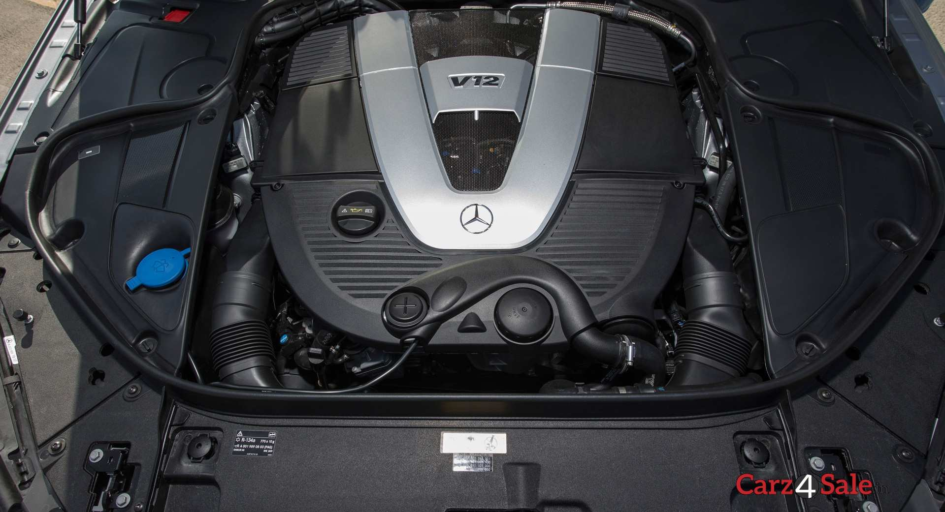 Mercedesmaybach S600 Engine